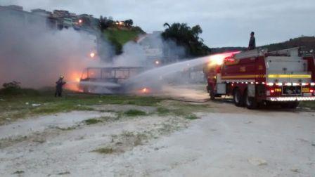 Onibus Incendiado BLajinha (2)