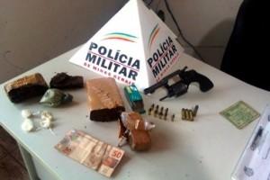 Fervedouro: Irmãos são presos por tráfico de drogas