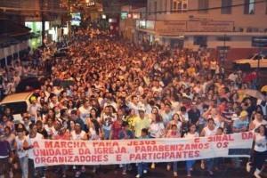 Manhuaçu: Marcha para Jesus reúne milhares de fiéis