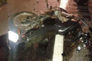 Manhuaçu: Motociclista morre ao bater em dois carros