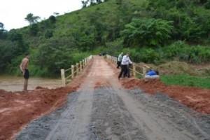 Manhuaçu: Ponte liberada no Barreiro