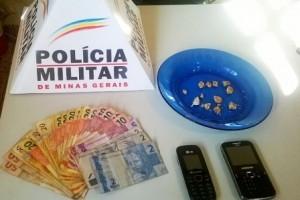 Fervedouro: Drogas apreendidas. Casal é preso