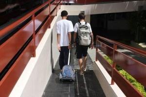 Vida e Saúde: Alertas sobre mochilas de crianças e adolescentes