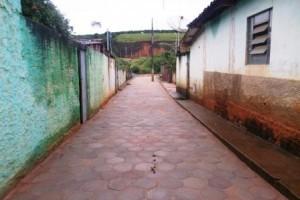 Manhuaçu: Santo Amaro de Minas recebe calçamento