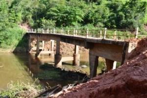 Manhuaçu: Defesa Civil interdita ponte no Barreiro