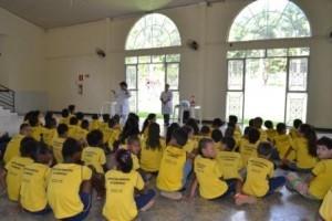 Vida e Saúde: Crianças do projeto AABB Comunidade recebem palestra sobre saúde bucal