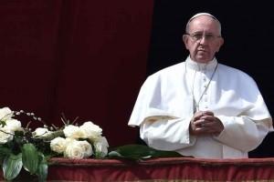 Papa Francisco: Páscoa com mensagem e denúncia contra o terrorismo
