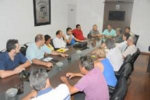 Vereadores de Manhuaçu reúnem-se com prefeito e secretários