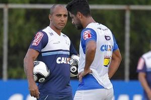 Mineiro: Cruzeiro pode ter Mayke novamente na lateral