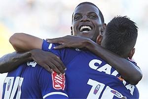 Cruzeiro vence mais uma. Semifinal com o América