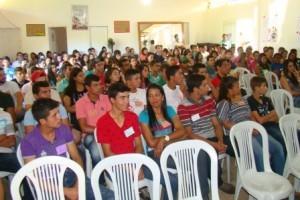 Manhuaçu: Pastoral familiar reúne Jovens na Vila de Fátima