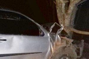 Motorista atropela cinco pessoas em Simonésia