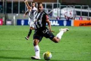 Atlético vence o Santos e tem problemas para a Libertadores