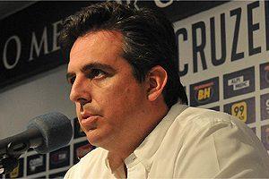 Cruzeiro admite novas contratações