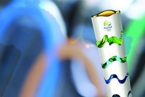 Esperafelicense carregará a tocha olímpica