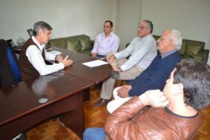 Presidente e secretário do CMS são recebidos pelo prefeito