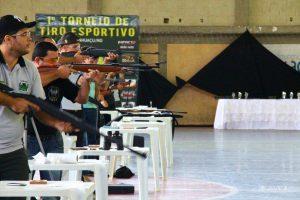 Torneio de tiro esportivo em Manhuaçu