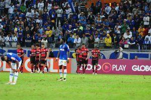 Cruzeiro é derrotado em casa pelo Flamengo