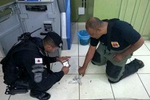 GATE é acionado para retirar dinamite em caixa Eletrônico