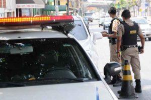 Prorrogado prazo de licenciamento de veículos com placas com final de um a cinco