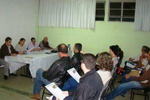 Conselho reformula comissões e cobra melhorias na saúde do município