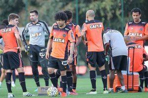 Marcelo Oliveira não revela time do Atlético