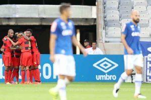 Cruzeiro perde em casa para o Sport