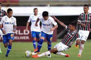 Cruzeiro perde e volta à zona de rebaixamento