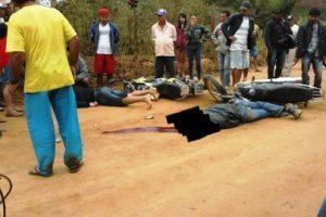Motociclista morre em batida com outra moto