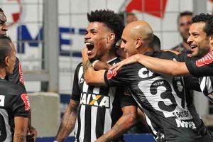 Atlético vence e fica a três pontos do Palmeiras