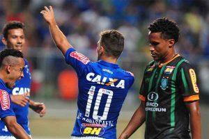 Cruzeiro vence o clássico com o América