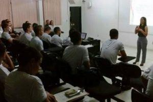 Alunos do Curso de Formação de Soldados participam de palestra sobre educação financeira