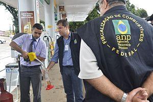 Postos de combustíveis da região são fiscalizados pela ANP