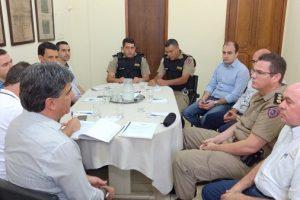 Polícia Militar e comerciantes se reúnem na ACIAM