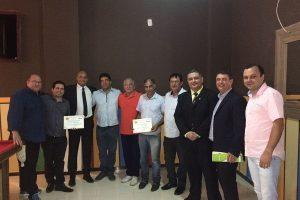 ADESC discute oportunidades de negócios em Manhuaçu