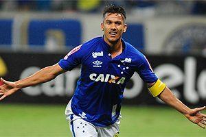 Cruzeiro bate o Grêmio no Mineirão