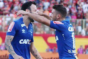 Cruzeiro bate o Vitória com time alternativo