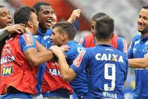 Cruzeiro goleia o Fluminense: 4 a 1 de virada