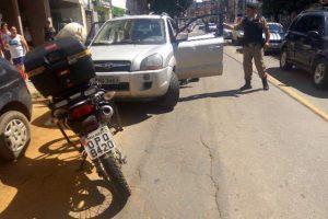 PM recupera carros roubados em Manhuaçu. Placas clonadas