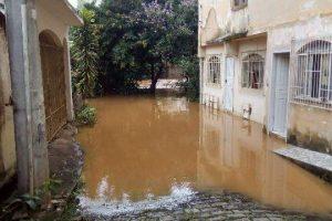 Alerta de risco de enchente é emitido pela Defesa Civil de Manhuaçu