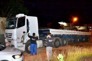 Ladrões de carga soltam motorista refém em Orizânia