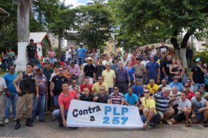 Policiais se mobilizam contra PLP 257 e ameaçam greve