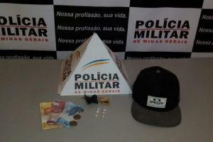 Lajinha: Polícia Militar apreende crack durante batida policial
