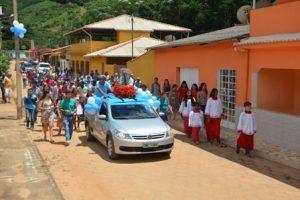 Moradores de Jacutinga prestam homenagem a Nossa Senhora Aparecida