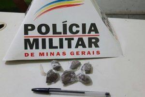 Manhuaçu: Menor é apreendido com seis tabletes de maconha