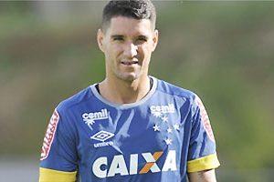 Thiago Neves deve estrear na quarta-feira pelo Cruzeiro