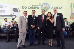 Manhuaçu recebe caminhão para agricultura familiar
