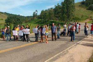 Rodovia é fechada em São José do Mantimento por melhorias na segurança