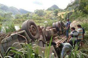 """Motorista de Manhuaçu morre em acidente na """"curva da morte"""""""