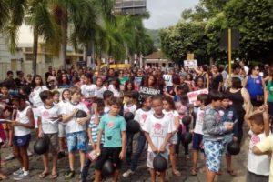 Manifestos contra a reforma da previdência social em Carangola